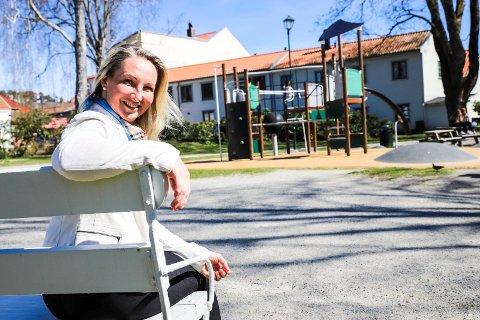 TREKKER SEG: Torhild Grimseth Huseby er aktiv både i lokalpolitikken og idretten i Halden. Egentlig hadde hun også sett for seg å kjempe om en stortingsplass for Østfold Senterparti. Men det har hun nå innsett at hun ikke har tid til.