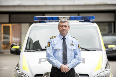 Kjell Idar Vangberg, lensmann i Nordhordland lensmannsdistrikt, får mange henvendelser fra folk som ønsker å benytte hyttene sine.