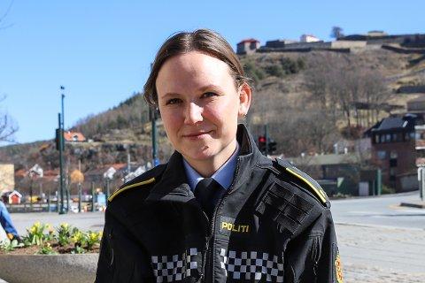 ETTERFORSKER: Janne Samuelsen er fungerende leder for forebyggende avdeling på Halden politistasjon og sier at de tar hærverk på alvor. De ber foreldre og andre voksne rundt barn og unge bistå ved å prate med med barna og ungdommene om å ha respekt for andres eiendeler.