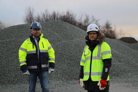 TRENGER NYTT OMRÅDE: Hans Petter Johannessen og Jon Rongen ber kommunen finne en løsning.