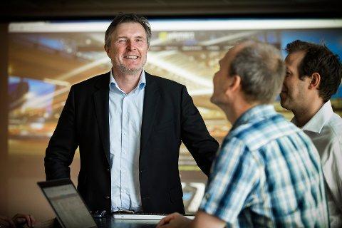 Knut H. H. Johansen er CEO i ESmart Systems. Nå har de landet en skikkelig storfisk i markedet, tyske E. On.