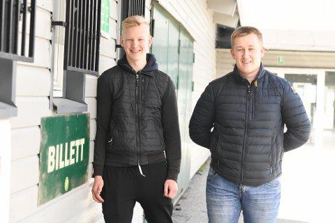 DOMMER-BRØDRE: Fredrik Johan (tv) og Alexander Halvor Danielsen fra Comet er begge oppgradert til forbundsdommere.