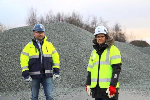 Hans Petter Johannessen og Jon Rongen ber kommunen om å sikre nye områder for råstoffuttak. Arkivfoto.