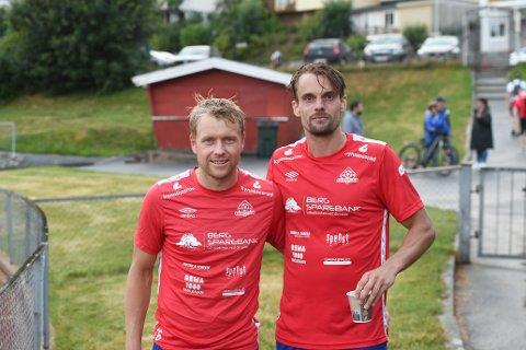 Filip Johansen Westgaard og Øystein Lundblad Næsheim var godt fornøyde med seier etter en tøff kamp.