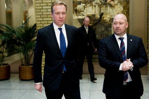 Utenriksminister Børge Brende (H) og justisminister Anders Anundsen (Frp) (Foto: Jon Olav Nesvold / NTB scanpix)