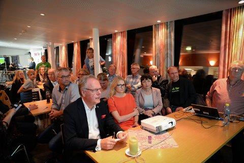 SKUFFET: Høyre og Knut Fangberget var skuffet etter at forhåndsstemmene var talt opp.