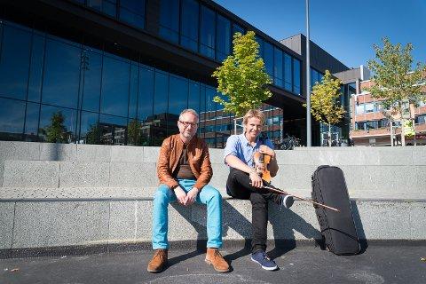 SATSER PÅ KULTUR FOR UNGE: Bård Vegar Solhjell og Sigurd Arnekleiv Bækkelundi SV vil ha et kulturløft på innhold i kulturhusene.