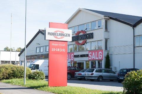 Topp Hamar Dagblad - 50 år med møbler i Hamar KT-14