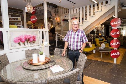 Bare ut Hamar Dagblad - 50 år med møbler i Hamar CY-52