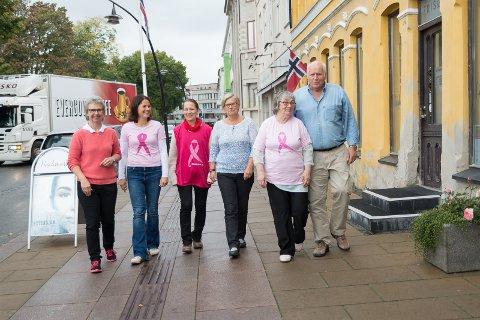 ROSA MÅNED: Lørdag starter den rosa måneden for Kristin Olsen, Anne Rui, Laila Iversen, Berit Fjæstad og Bjørn Helge Olsen.