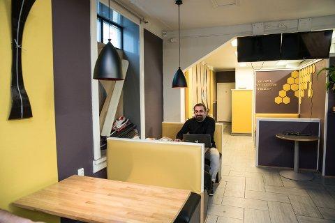 AMERIKANSK: Interiøret i nye «Mr. Kebab» kan minne om en amerikansk bistro.