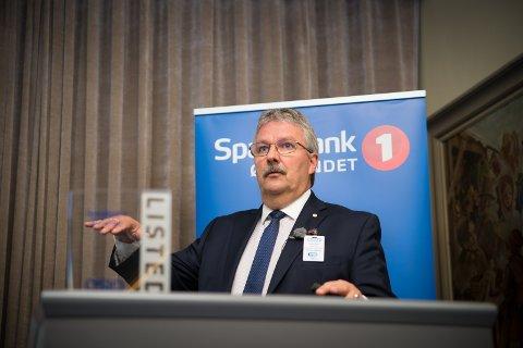 OPP-NED: Konsernsjef hos Sparebank 1 Østlandet, Richard Heiberg, må konstatere at den økonomiske situasjonen i Innlandet er snudd opp-ned på uvanlig kort tid.
