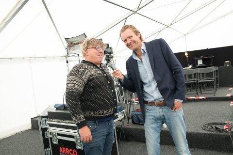 TV: Hallvar Syversen (Bjørn Kleiven) og Erik Wold lager nær-TV fra Hamar og Tjuvholmen i årets sommershow.