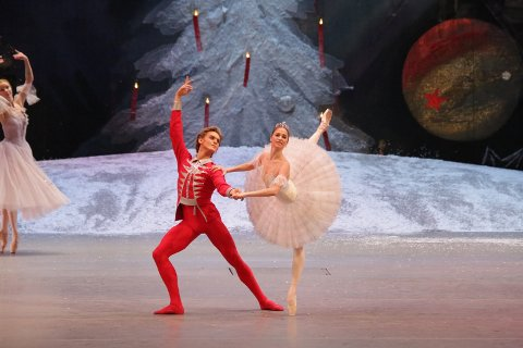 VAKKER: Vakker dans med Bolsjojbaletten på kino i desember.