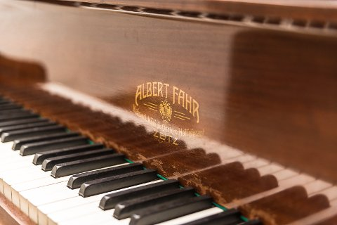 GAMMELT: Albert Fahr-klaverert er fra mellomkrigstiden.