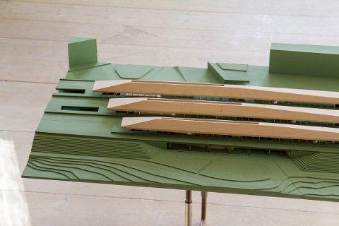 MODELL: Her har studtentene laget en modell av stasjonen.