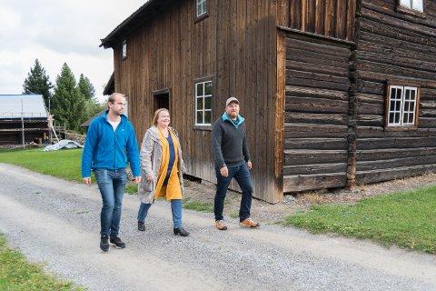 LIV OG RØRE: Søndag åpner de byningene på Domkirkeodden og Norsk Jernbanemuseum. Fra venstre: Magnus Sempler Holte, Mette Larsen og Kristian Reinfjord.