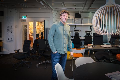 STOR ORDRE: Pål Torgerhagen hos «Rom for flere» i Hamar skal levere møbler for 17 millioner kroner til Gjøvik.