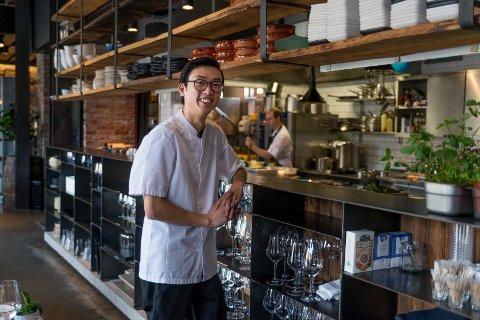 UNG KJØKKENSJEF: Nick Tran er tilbake på Basarene. Med entusiasme og nye ideer har han overbevist restaurantens eiere om at han er rett mann til å være kjøkkensjef.