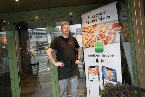 LØFT: Atle Mathisen hos Pizzanini fikk et løft i omsetningen etter at pizzarestauranten innførte Delivia-levering.
