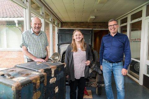 SLEKT: Ola Aas, leder i Norsk utvandrermuseums venner, praktiant Annie Smith og avdelingsdirektør Norskutvandrermuseum, Terje M. Hasle Joranger, skal ha et søkelys på slektsgranskning denne sommeren.