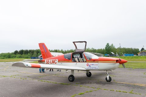 UTDANNING: Flyplassen i Hamar brukes til utdanning.