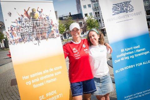 AKTIV HELG: Kristine Røsland fra Hamar Idrettslag og Sigrun Sophia Svendsen fra JCI Innlandet er klare for «Idrettens dag» og «Frivillighetstorget».