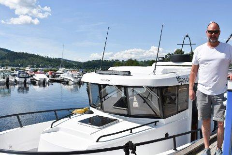 Ut på tur: Espen Bjørkheim ser for seg en travel sommer med mange passasjerer på Mjøscharter