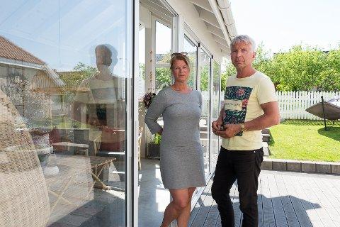 ERSTATNING: Torunn og Frode krever erstatning av Hedmarken Dyreklinikk etter tabben.