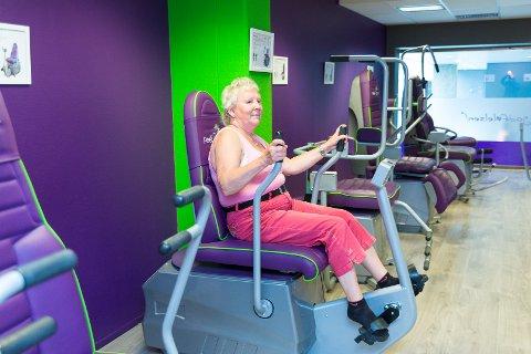 TRE GANGER: Tre ganger i uka møter Ragnhild Jonea Nøttestad opp i treningssenteret i Finanshuset for å trene på apparatene.