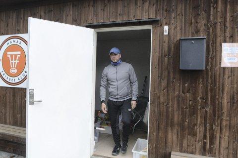 UTSATT: Hamar Frisbeeklubb, her ved nestleder Thorbjørn Viberg,  skulle egentlig arrangert NM 10. - 13. juni, men mesterskapet er utsatt til august.