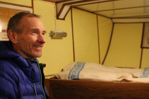 BETYR ALT: - Hvis det ikke hadde vært for båten vet jeg ikke hva jeg skulle gjort, smiler matros Steinar Johansen.