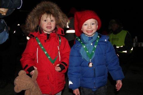 Tvillingane Marion og Magnus har fått sine første nissemedaljar