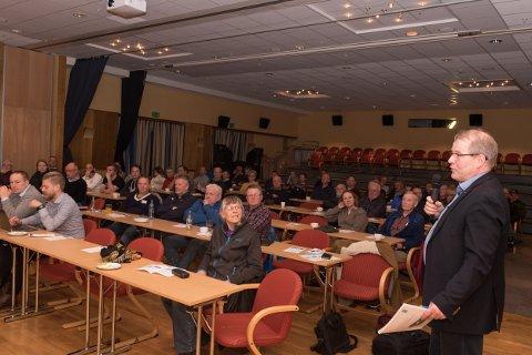 Mange kom for å få informasjon om overføringskabelen Northconnect har planar om frå Simadal til Skottland.