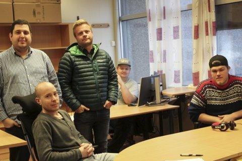 Odda Digital System:  Rhuan Barreto og Rune Torblå saman med Kim André Moen Lamo (framme til venstre), Jan Roald Olsen Linløkken (bakerst) og Daniel Eide.