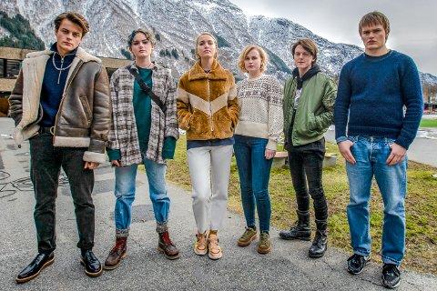 Ragnarok: Hovedrolleinnehaverne i Odda. Foto: Netflix