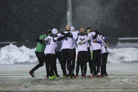 Treningskamp: Tyssedal A-lag slo Voss 2 på heimebane i vinter. No er dei klare for å ta opp kampen mot OFK i 7. divisjon.ARKIVFOTO: INGA ØYGARD JAASTAD