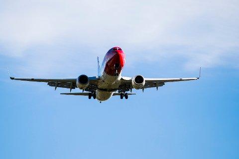 Gardermoen  20160906. Et Norwegian-fly går inn for landing på Gardermoen. Foto: Håkon Mosvold Larsen / NTB scanpix