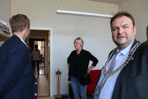 Eldbjørg Furholt, rektor ved Odda kulturskole, er svært fornøyd med de nye lokalene. Fra høsten av skal det som nå heter Ullensvang kulturskule samle elever fra både Jondal, Odda og Ullensvang.