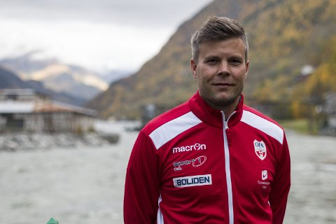 Styreleder i OFK, Jarle Øvsthus, skal sammen med resten av styret gå gjennom søknadene til stillingen på søndag. Deretter starter intervjurunden.