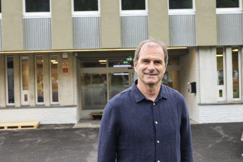 REktor: Øyvind Bjørkevoll og Odda vidaregåande skule har no lyst ut to stillingar frå skuleåret 2020/2021.arkivfoto: Inga Øygard Jaastad