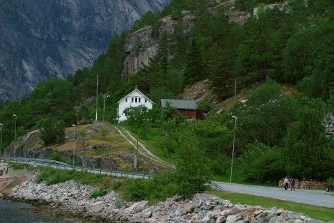 Bergsliskorane:  Eidfjord tildeler kunstnarstipend og opphald i kunstnarbustaden her.Arkivfoto: Johs H. sekse
