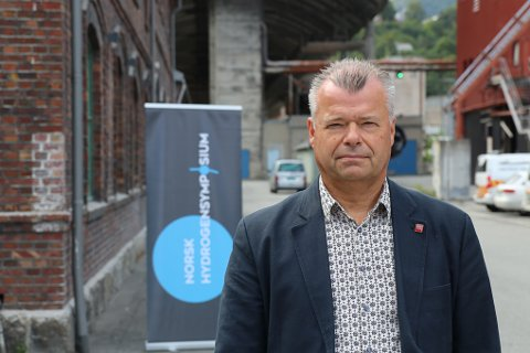 SATSER PÅ HYDROGEN:  Øyvind Stueland er daglig leder i Hardanger industri og prosjektleder for Hardanger Hydrogen Hub.