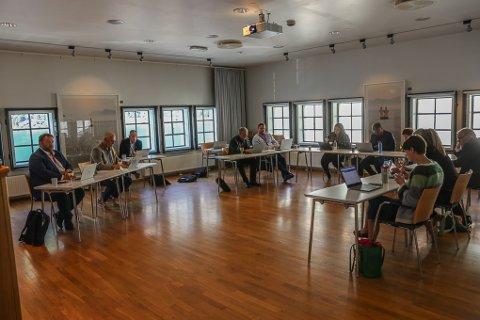FIKK INFORMASJON: Torsdag ble formannskapet i Ullensvang kommune informert om den pågående pensjonssaken.