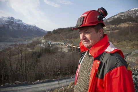 LEDER: Rolf Harkestad er prosjektleder for Statens vegvesen (Foto: Tore Roth Stranden)