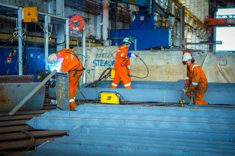 40 PROSENT: 99.200 mennesker (eller 40 prosent) av arbeidsstokken i Rogaland jobber i oljenæringen. ILL.FOTO: TERJE STØRKSEN