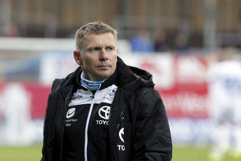 SER SLUTTEN I DET FJERNE? 2015-sesongen kan være Jostein Grindhaugs siste sesong som FKH-trener. foto: grethe Nygaard