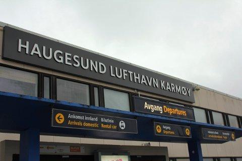 Reddet: Flyplassen på Karmøy blir lagt ut på anbud.