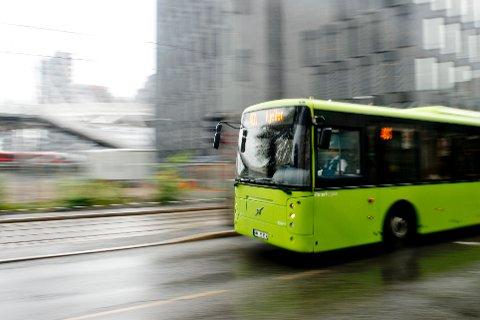 1.500 bussjåfører kan bli tatt ut i streik fra torsdag dersom partene i bussoppgjøret ikke kommer til enighet. Illustrasjonsfoto: Jon Olav Nesvold / NTB scanpix