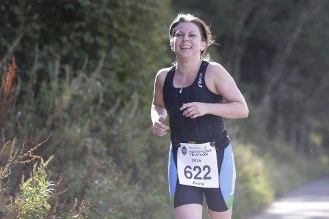 INSPIRATOR: Anne Askeland overtalte Linda Gräfe til å være med på Haugesund triatlon.